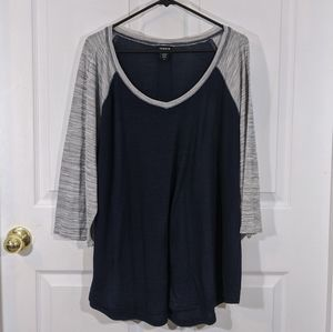 Torrid blue gray raglan 3/4 sleeve shirt